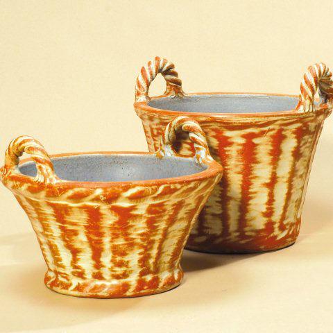 wetterfester keramik pflanzkorb mit stabilen henkeln. Black Bedroom Furniture Sets. Home Design Ideas