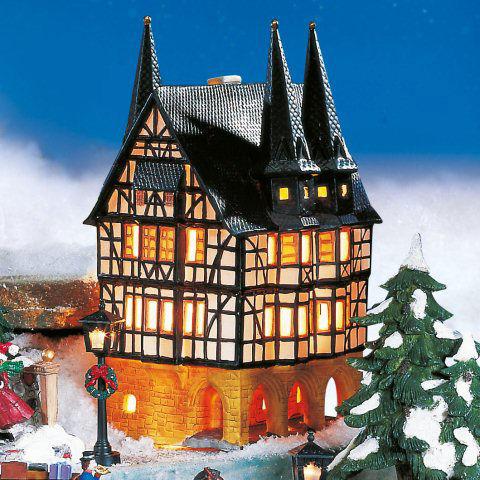 Alsfeld Weihnachtsmarkt.Keramik Lichthaus Weihnachtsdeko Rathaus Alsfeld