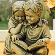 Steinguss Deko Gartenfiguren, Elfie & Peter mit Buch