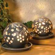 Lichtkugel aus Keramik, Deko Stimmungslampe, grau