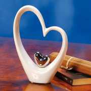 """Porzellanfigur """"Herzen"""", Dekoskulptur aus weißem Porzellan"""